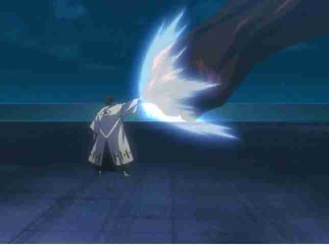 Aizen Destroying a Hollow with his hand in episode 46
