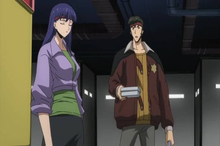 Naomi talking with Ohgi. Code Geass R1 Stage 17 At 04m 45s